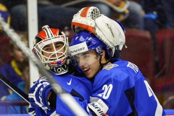 Teuvo Teravainen and Juuse Saros - Team Finland