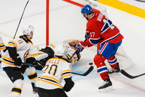 NHL: OCT 16 Bruins at Canadiens - Jiri Sekac Goal
