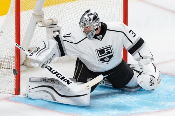 Photo: Martin Jones of the Los Angeles Kings has struggled to replicate his strong play of last season (courtesy of Minas Panagiotakis/Icon Sportswire)