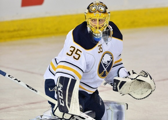 Photo: Linus Ullmark has a 2.58 goals-against, .915 save percentage through 19 games with the Buffalo Sabres. (Courtesy of Chris LaFrance/Icon Sportswire)